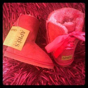 🆕Apres by Lamo ❄️ Fur- Lined boots ❄️